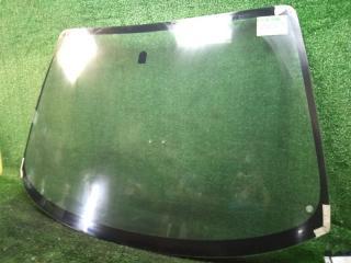 Запчасть стекло лобовое переднее Mazda Protege