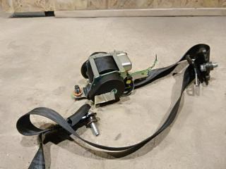 Запчасть ремень безопасности правый Kia ceed 2010