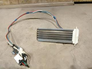 Запчасть электрический радиатор печки Toyota Hilux 2011