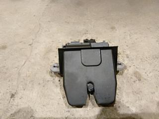 Запчасть замок багажника Ford Focus 3 2011