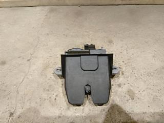 Запчасть замок багажника Ford Focus 3 2013