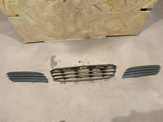 Запчасть накладка бампера передняя Opel Astra H 2005