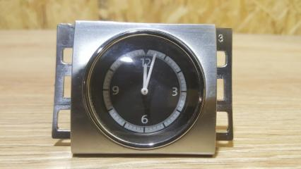 Запчасть часы Volkswagen Passat CC 2013