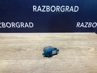 Запчасть резистор отопителя Volkswagen Multivan 2008