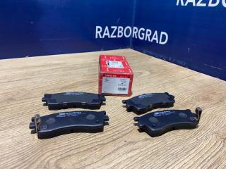 Тормозные колодки дисковые переднее Kia Spectra 0K2N13328ZA новая