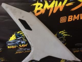 Обшивка салона задняя правая BMW 3-Series 1995