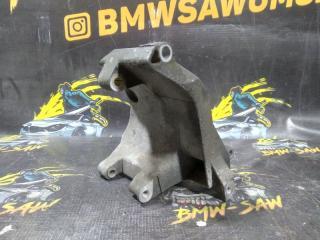 Кронштейн компрессора кондиционера BMW 3-Series