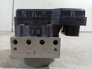 Блок abs (насос) TOYOTA COROLLA 150