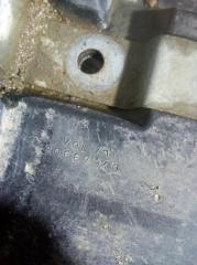 Запчасть крепление акб (корпус/подставка) VOLVO C30