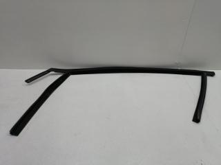 Уплотнительная резинка передняя левая FORD FOCUS 3 2012