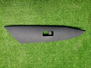 Запчасть накладка обивки двери передняя правая MAZDA 3 2008-2013