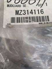 Запчасть брызговики комплект передние Mitsubishi Lancer 07-
