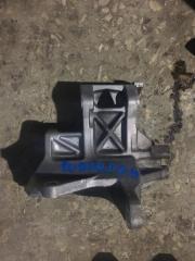 Запчасть кронштейн компрессора кондиционера Subaru Forester 2009