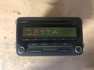 Запчасть магнитола Volkswagen Jetta 2009