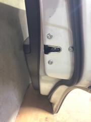 Запчасть замок двери задний правый Chevrolet Captiva 2010