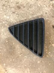 Запчасть решетка бампера передняя правая Ford Focus 3