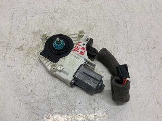 Запчасть мотор стеклоподъемника правый Skoda Yeti