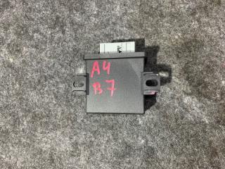 Запчасть блок электронный Audi A4