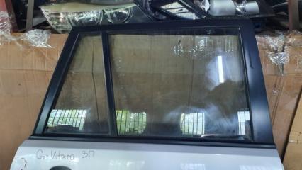 Запчасть форточка двери задняя правая Suzuki Grand Vitara