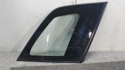 Запчасть форточка крыла правая Suzuki Grand Vitara