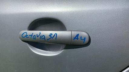 Запчасть ручка двери задняя левая Skoda Octavia 2002