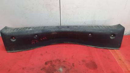 Запчасть накладка панели задка Ford Focus 2 2010