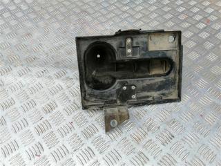 Запчасть крепление аккумулятора Infiniti M35 2008