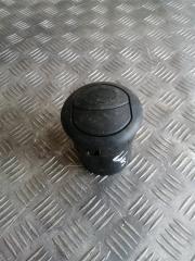 Запчасть дефлектор воздушный Fiat Doblo 2011
