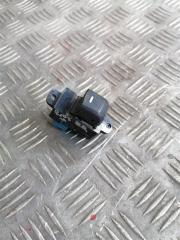 Запчасть кнопка стеклоподъемника задняя правая Kia Rio 3 2014