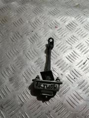 Запчасть ограничитель двери задний правый SsangYong Actyon New 2012