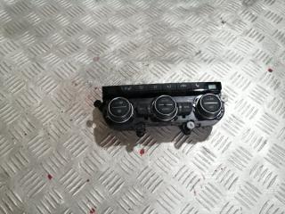 Блок управления печкой Volkswagen Tiguan 2019