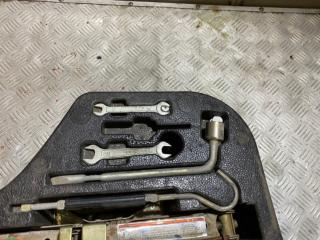 Ящик под инструменты X60 2013 LFB479Q