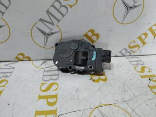 Запчасть моторчик заслонки печки Mercedes M-class 2006