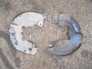 ПЫЛЬНИК ТОРМОЗНОГО ДИСКА передний левый MITSUBISHI L200 2005- 2005