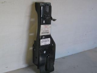 Суппорт радиатора левый MITSUBISHI OUTLANDER XL 2006 2007 2008 2009 2010 2011 2012