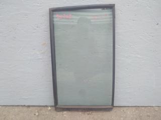 Стекло двери задней заднее правое MITSUBISHI PAJERO 3 2003 2004 2005 2006