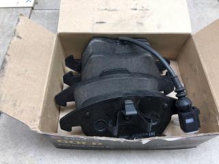 Тормозные колодки переднее AUDI