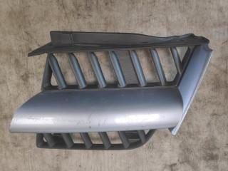 Решетка радиатора левая MITSUBISHI OUTLANDER 1 2004