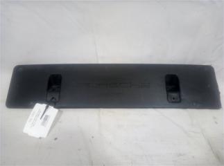 Запчасть накладка под номер передняя Porsche Macan 2013-2019