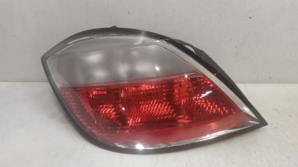 Запчасть фонарь левый Opel Astra 2004-2007