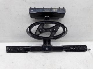 Запчасть кронштейн решетки радиатора Hyundai Solaris 1 2014-2017