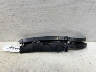 Запчасть направляющая бампера передняя правая Audi Q5 2008-2012