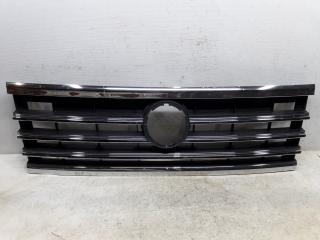 Запчасть решетка радиатора Volkswagen Touareg 3 2017-