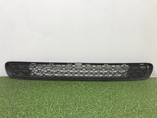 Запчасть решетка в бампер центральная передняя Mini Hatch 2014-2019