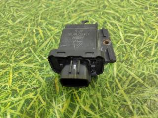 Запчасть датчик дверной ручки передний левый Lexus GS 3 2005-2012