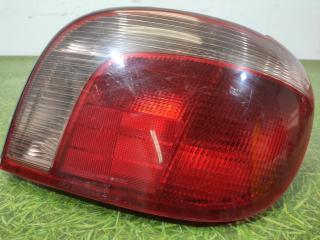 Запчасть фонарь правый Toyota Vitz 1999-2005