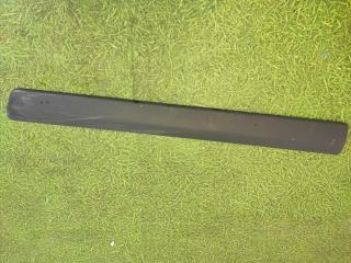 Запчасть накладка двери передняя правая lada largus 2012-н.в.