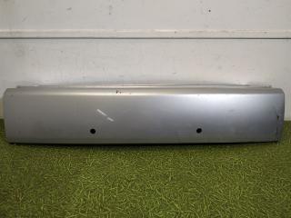 Запчасть накладка нижней двери багажника задняя Mitsubishi Outlander XL 2006-2012