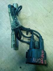 Запчасть крышка трамблера AUDI 80 1989