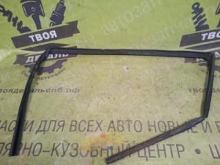 Запчасть уплотнитель стекла передний левый HONDA Accord 2007г.в.